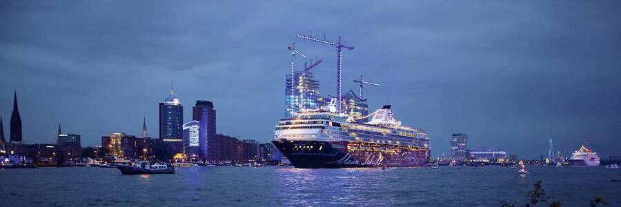 Hamburg Cruise Days 2015 Hafenevent Mit Kreuzfahrt Feeling